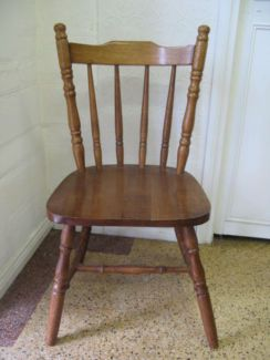 $40 Timber KITCHEN CHAIR Wood Seat 81cm Text 0411691171 or email info@bitspencer.com