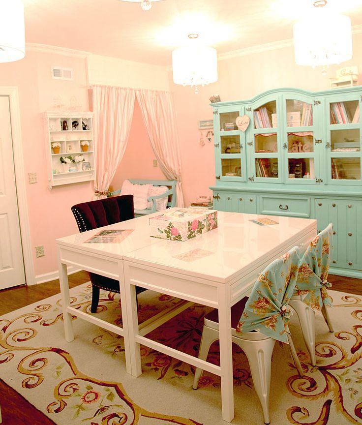Corner-craft-room-1: Blue Cabinets, Art Spaces, Crafts Area, Cabinets Ideas, Pretty Crafts, Dreams Crafts, Corner Crafts Rooms 1, New Crafts, Craft Rooms