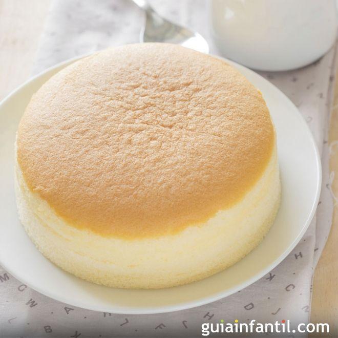 http://m.guiainfantil.com/recetas/postres-y-dulces/tartas-y-pasteles/patel-de-queso-japones-con-tres-ingredientes/