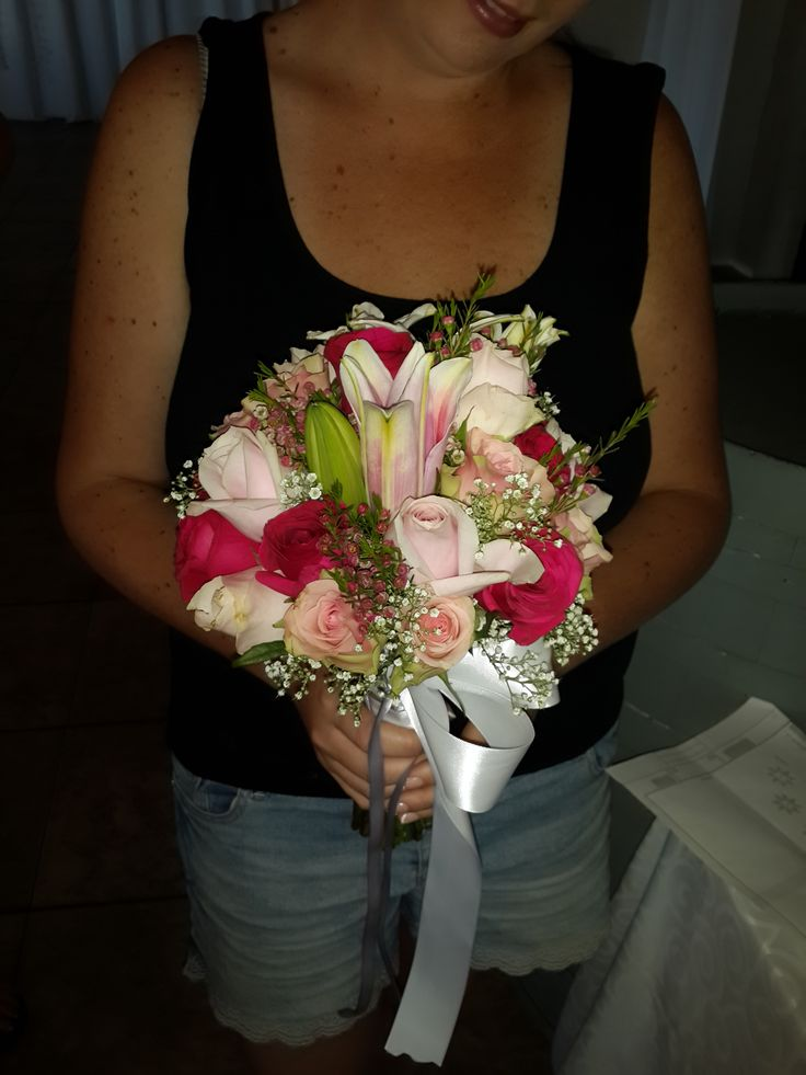 shades of pink bridal bouquet with stargazer