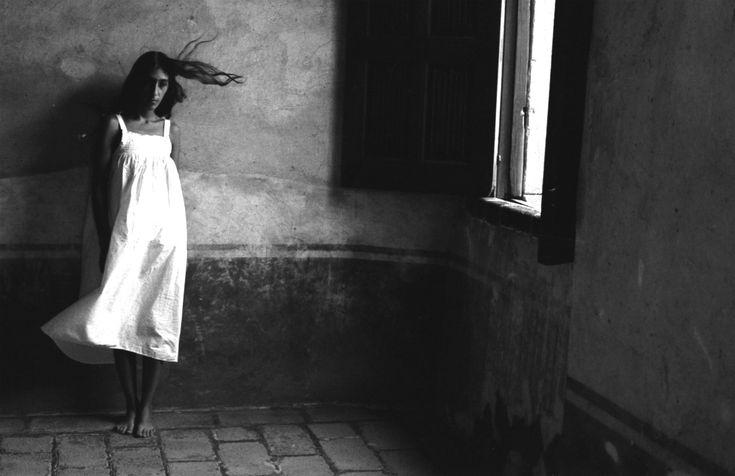 Pese a que su personalidad fue en gran medida reconocida por su participación en movimientos de activismo y lucha social, Modotti figura como una de las pioneras del Fotoperiodismo en México.