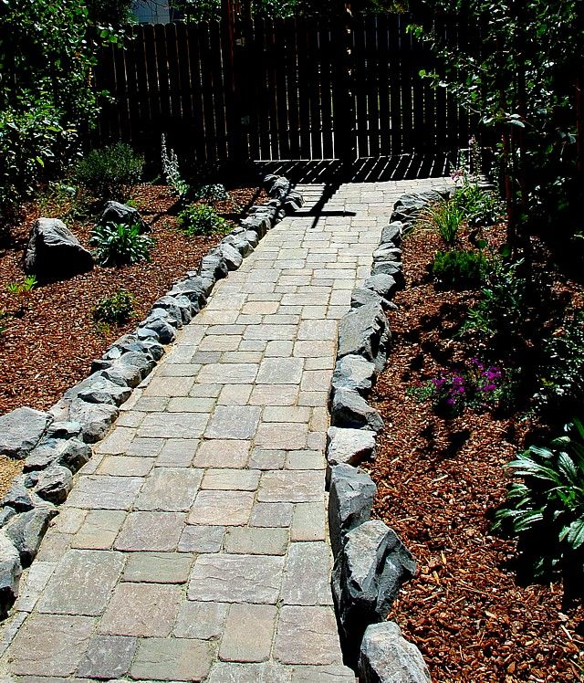 40 Different Garden Pathway Ideas: 26 Best Paver Walkway Images On Pinterest