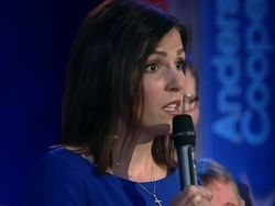 """Chris Kyle's Widow Takes on Obama At Gun Control Town Hall:""""I Have The Right To Protect Myself""""