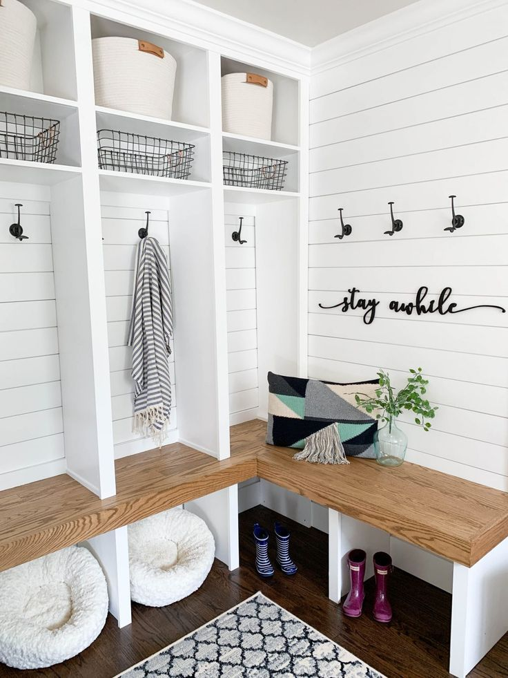 Modern Farmhouse Entryway Final Reveal Clark Aldine In 2020 Diy Mudroom Bench Mud Room Storage Farmhouse Mudroom