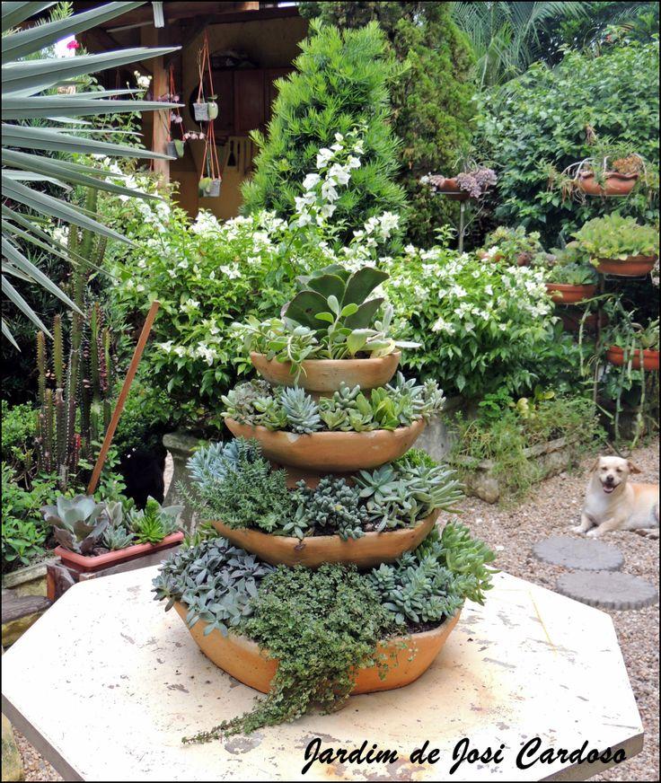 mesa de jardim jumbo : mesa de jardim jumbo:Fonte de mesa com suculentas.