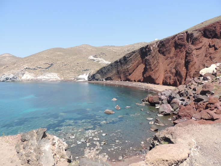 The Red Beach is propably one  of the most famous and beautiful beaches of Santorini. It is located only some steps away from the ancient site of Akrotiri.   #RedBeach #Akrotiri #NostosStudios