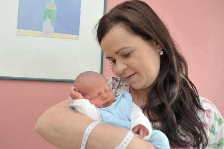 Vojtíšek Šubert se narodil 19. října v 18.17 hodin s hmotností 2,990 kg. Radost z něj mají rodiče Daniela a David i sourozenci Adam a Anička z Letohradu – Kunčic.