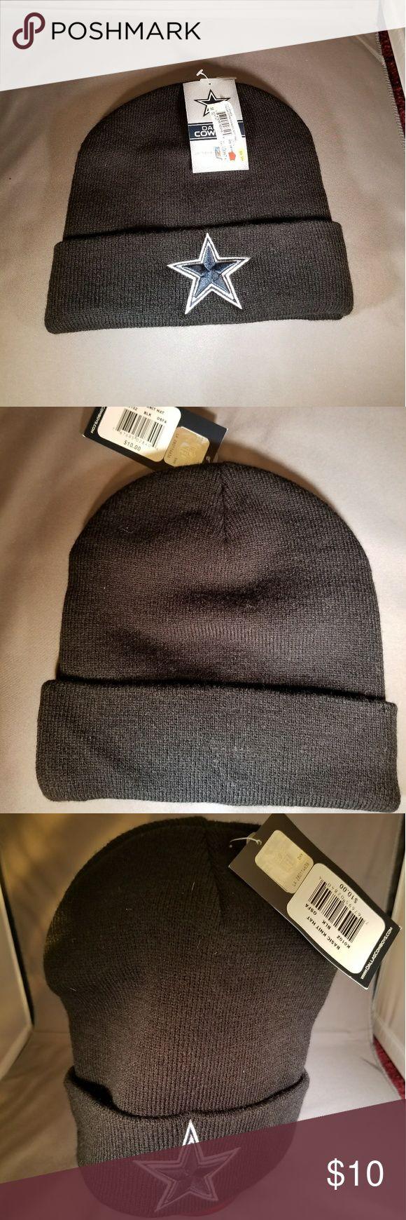 NFL  Dallas Cowboys knit hat - BLACK NWT - Never Worn.  Black DALLAS COWBOY Basic Knit Hat. Star color is Navy.  Smoke Free Home Dallas cowboys Other