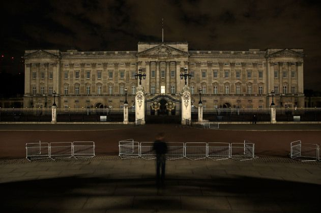 """A single window is illuminated in Buckingham Palace as the lights are turned off on iconic buildings around London to mark the centenary of the outbreak of WWI. In 1914 Britain's Foreign Minister, Edward Grey, told an acquaintance """"The lights are going out all over Europe.  We shall not see them lit again in our lifetime."""""""