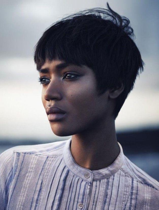 Les plus belles coupes courtes vues sur Pinterest Coupe cheveux courts afro: