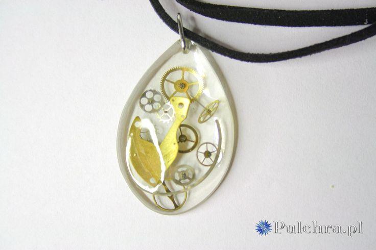 Steampunk resin necklace with real watch cogs / Naszyjnik z żywicy z trybikami zegarowymi steampunk