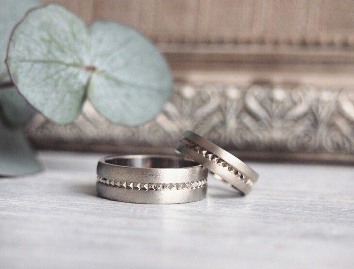 Wedding rings. White gold.