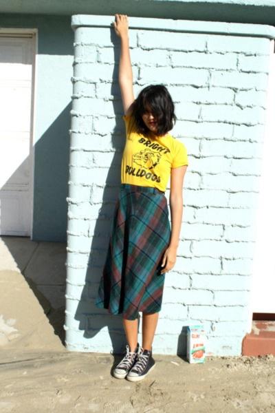 t shirt plaid skirt