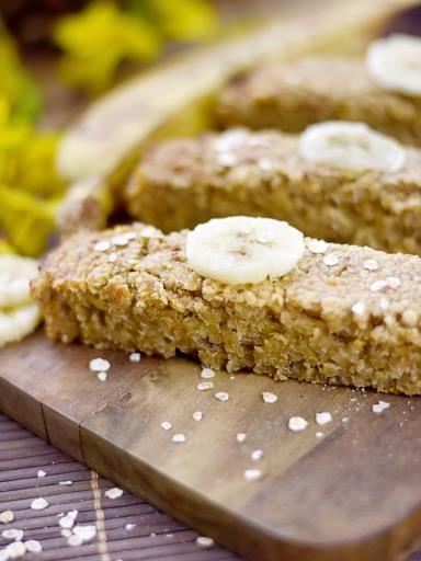 Flapjack à la banane (barre d'avoine) - Recette de cuisine Marmiton : une recette