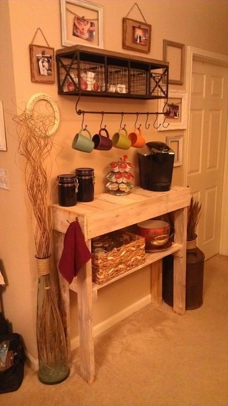 coffee bar (or side table) made from one wooden pallet