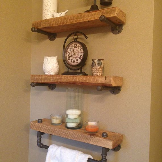 Reclaimed Barn Wood Bathroom Shelves von CaseConcepts2000 auf Etsy