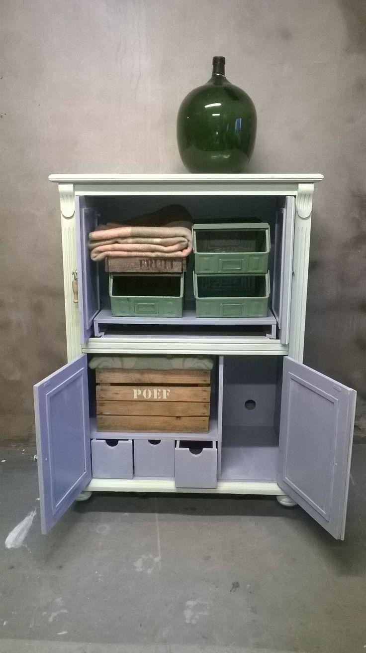 Oude computerkast als olijfgroene opbergkast. www.als-nieuw.com