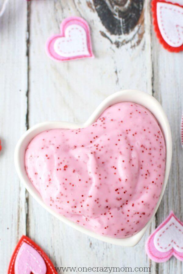 The 25+ best DIY Valentine\'s slime ideas on Pinterest | Kids ...