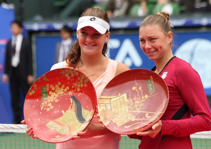 Agnieszka Radwańska y Вера Звонарёва; mis dos favoritas cuando se trata de partidos de tenis :)