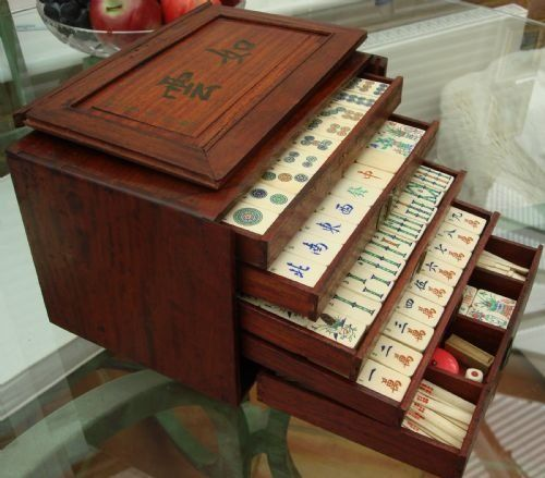 1930's bone and bamboo 156 tile large and complete mah jong set with exquisite quality tiles and the original box.