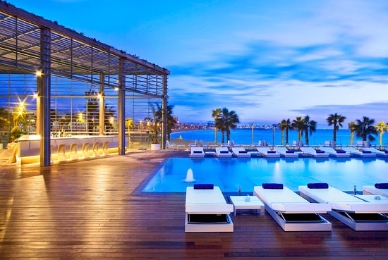 The Barcelona W Hotel beach bar for aperitivo #travel