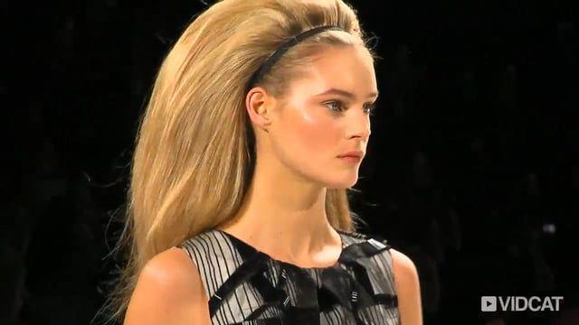 Big, Dramatic Hair On The Carolina Herrera Catwalk