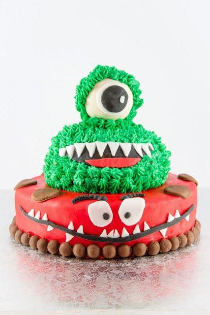 L'Accro au sucre a un blog: Le gâteau des gentils monstres: bon anniversaire m...
