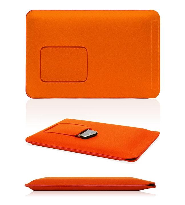 Wool felt laptop covers w/ iPhone pocket. WANT!