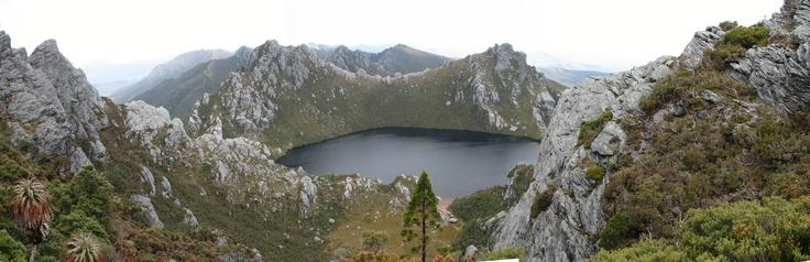 Stich04 - Lake Oberon.jpg 2,500×810 pixels