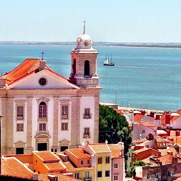 Miradouro de Santa Luzia in Lisboa, Lisboa