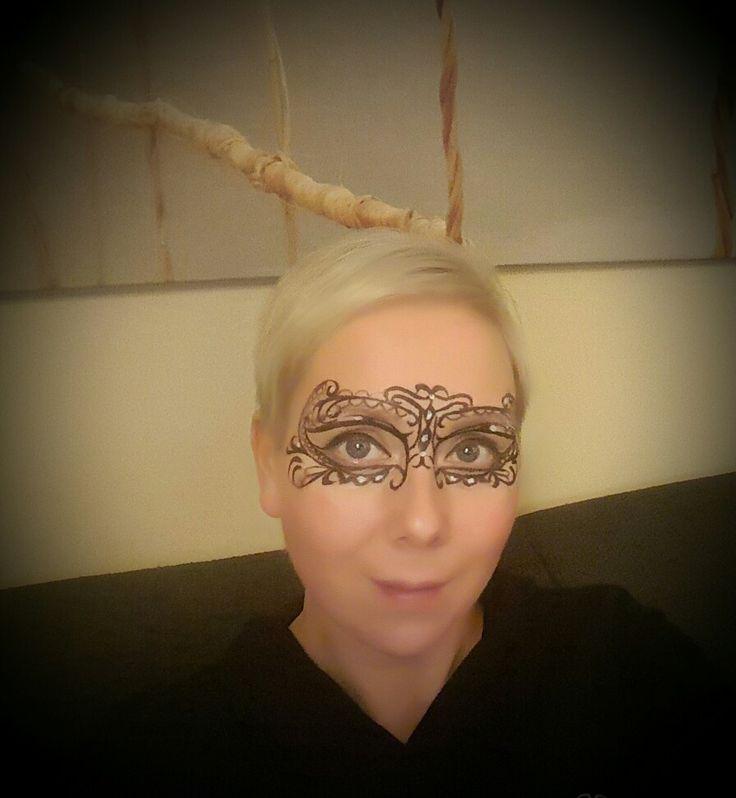 Facepaint lace mask