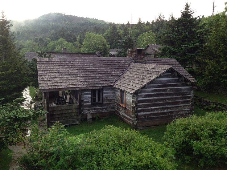 Everything you need to know about staying at Leconte Lodge Cabin in the Great Smoky Mountains