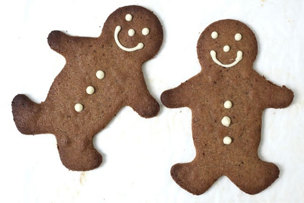 Gluten Free Ginger Bread Men...can use as tree decorations too. # ...