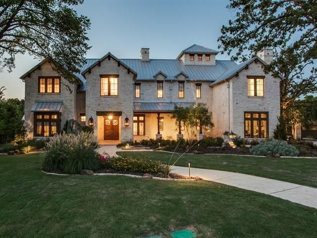 Welcome to 1750 Trace Bella Court! Exceptional, private estate. Texas transitional style with custom-cut Austin stone exterior and metal roof.