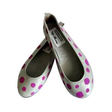 Hand-painted, leather flats full of polka dots in many colours!Girls or womens! Genuine leather,ballet bridal or bridesmaid flats