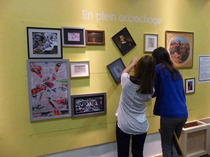 """Au Musée des beaux-arts de Quimper, """"prenez le rôle du conservateur et accrochez des oeuvres à votre façon"""". /via @louvrepourtous"""