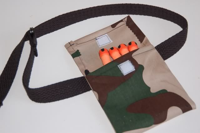 nerf dart holder belts - I like this idea for holding all kinds of things for little kids who are running around playing!! How fun!