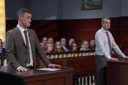 Two Friends Create Fake Legal Row To Con Judge Rinder Out Of 5000