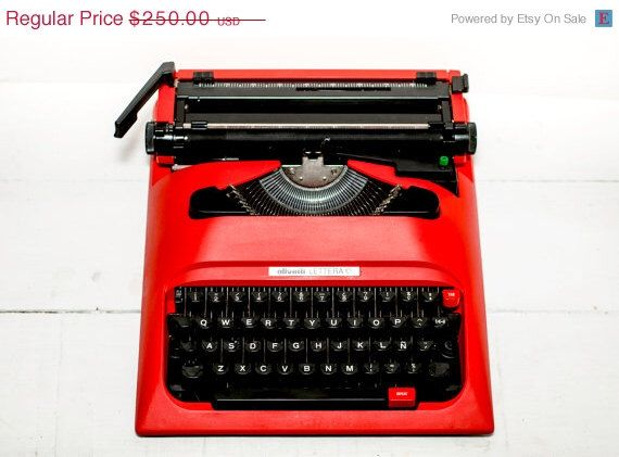 ON SALE Red vintage typewriter - working typewriter- Olivetti typewriter -  portable typewriter by ElGranero on Etsy https://www.etsy.com/listing/189161704/on-sale-red-vintage-typewriter-working