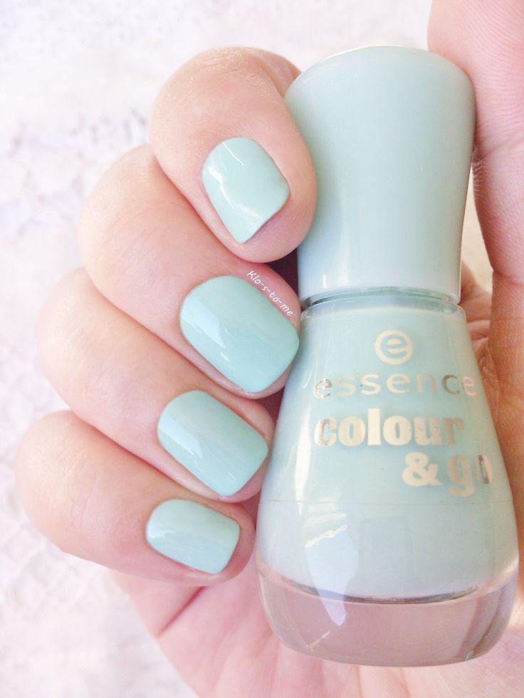 Essence : That's what I mint n°146 Nail polish Challenge : Wear all my polishes before buy new bottles