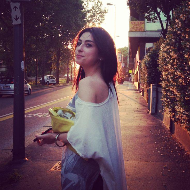 #sunrise #sun #street #streetstyle #fashion #fashionstreet #girl #park #milan