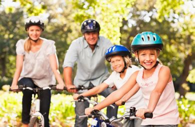 Fun outdoor activities for kids and families #fitness #summer #spring | via @SparkPeople