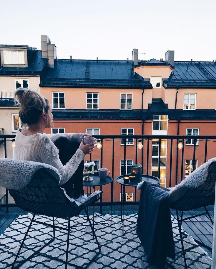 """6,297 gilla-markeringar, 19 kommentarer - Tove Waldemar (@tovewaldemar) på Instagram: """"Nights like this """""""