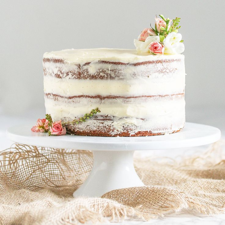 The best sugar free cake recipe I've ever made! I used Natvia products and  made this gluten free naked banana cake which is the perfect celebratory  cake for the health concious.
