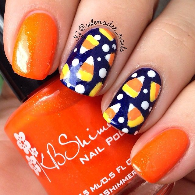 What's the best thing about Halloween? The candy, of course. Celebrate  October 31 with one of these easy Halloween candy nail art ideas. - Best 25+ Candy Corn Nails Ideas On Pinterest Easy Halloween