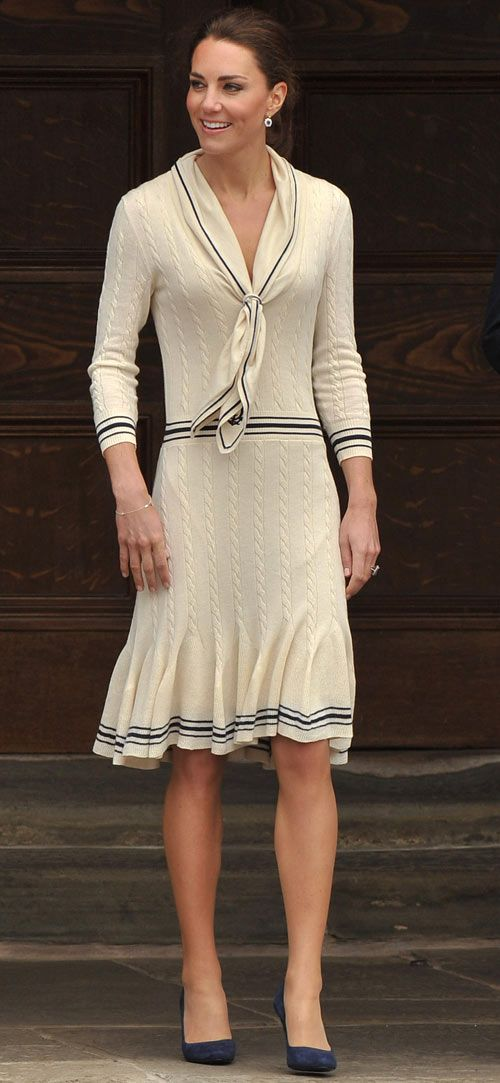 The Duchess Of Cambridge Is No Style Queen Edith Head Kate Middleton And Cambridge
