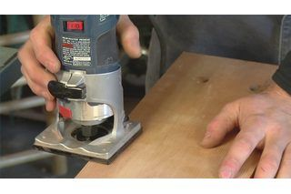 How to Use a Wood Router for Beginners (8 Steps) | eHow