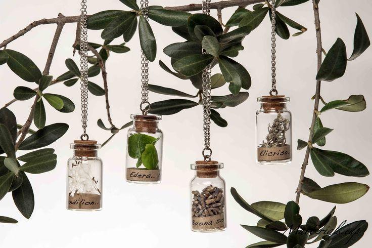 collane natura, vocabolario fiori, amuleto. Hand Made
