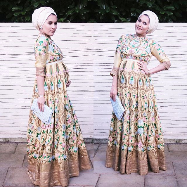 And here's the full look of this lovely dress from @bahirahboutique #dinatokio #stylethebump #mothersinprotest