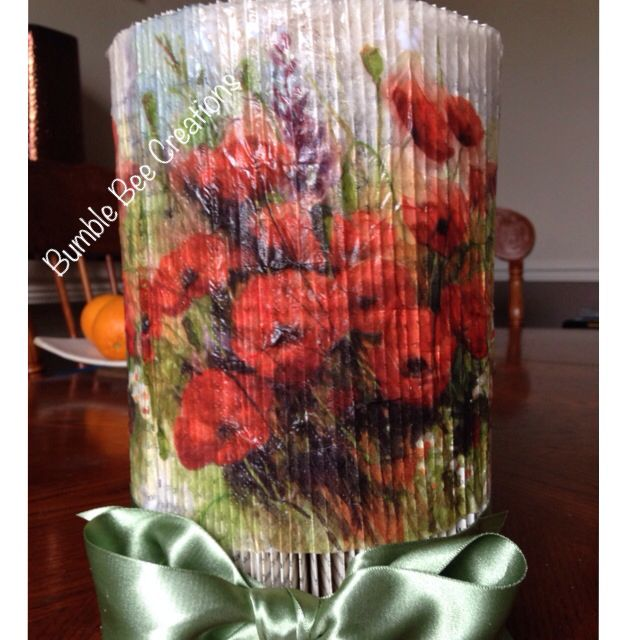Book fold pillar done in the lovely poppy design to match the heart